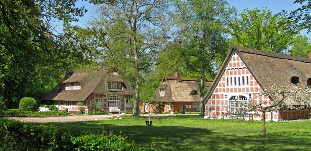 """Auch das 1920 gegründete """"Haus im Schluh"""" beteiligt sich mit einer großen Ausstellung am Ortsjubiläum."""