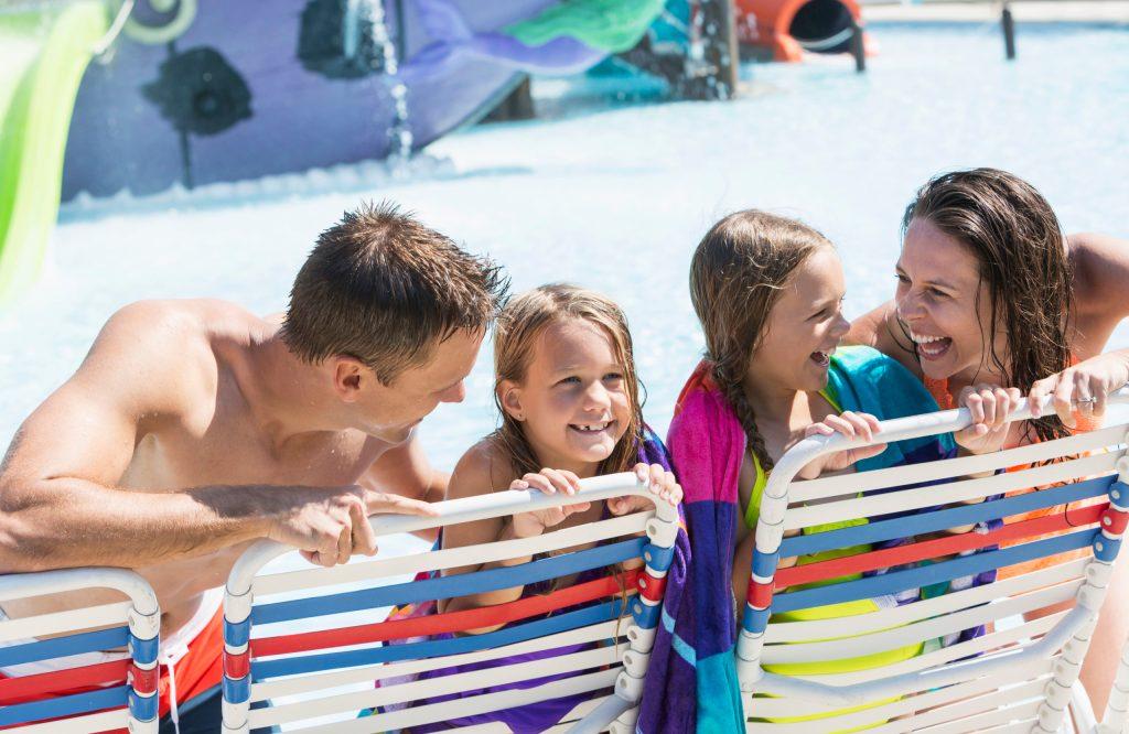 Kinder und Jugendliche haben ganz besondere Vorstellungen, wie ein gelungener Familienurlaub aussehen soll.