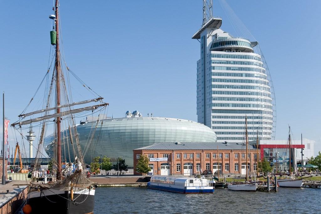 Volles Programm in den Havenwelten Bremerhaven: Direkt zwischen City und Weserdeich befinden sich drei attraktive Besuchsziele für Familien.