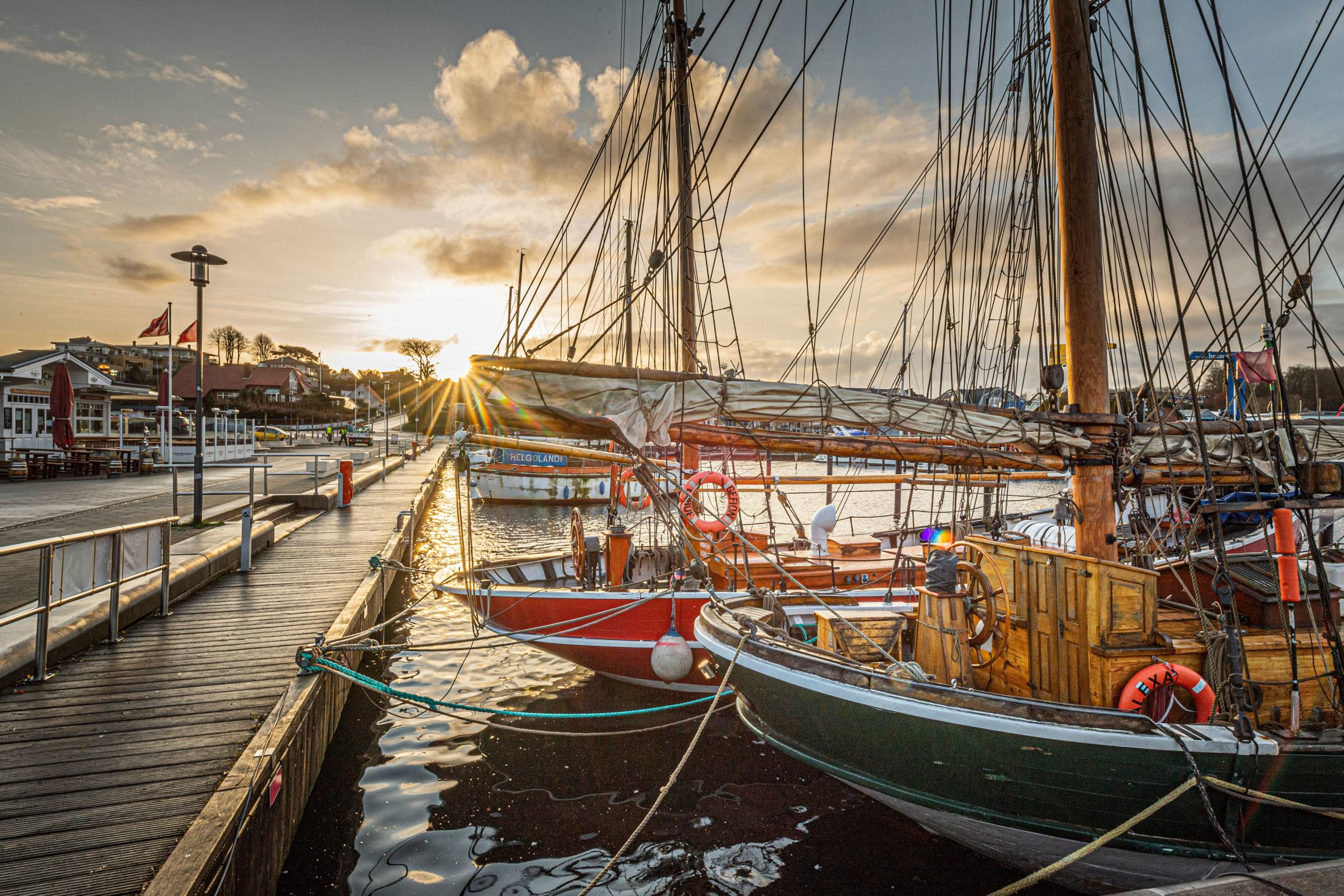 Aktive Auszeit am Meer im Hafen von Laboe