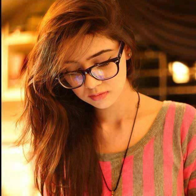 Cute Beautiful Girl dp