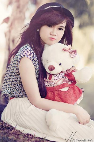 Girl DP With Teddy Bear