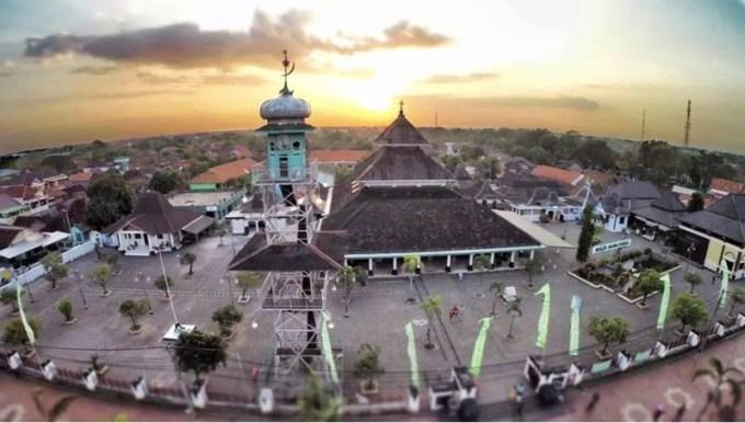 kerajaan demak - masjid agung megah