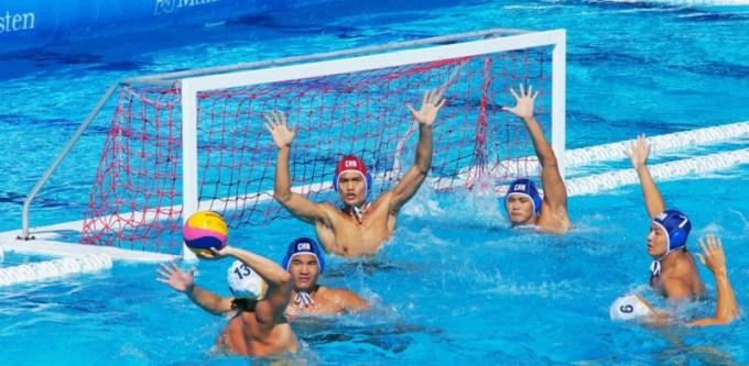 induk organisasi renang juga mengatur peraturan bagi olahraga polo air