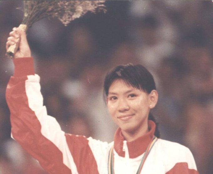 susi susanti terkenal bukan hanya karena karirnya sebagai atlet indonesia, namun karena ia juga menikahi sesama atlet