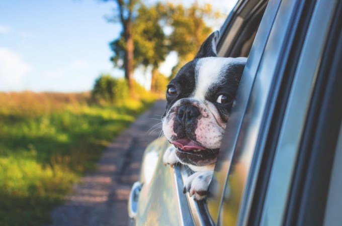cara parkir mundur mobil manual di jalan sempit menurun