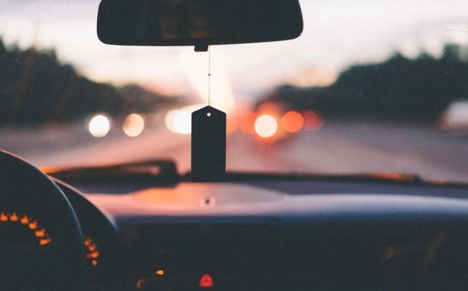 praktek doa cara tayamum di mobil dalam tembok