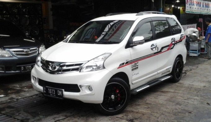 13 Modifikasi Mobil Avanza - Stiker / Jok / Body / Audio ...