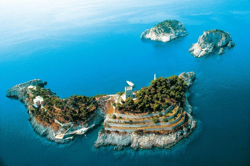 Архипелаг Ли Галли – место отдыха итальянской знати.