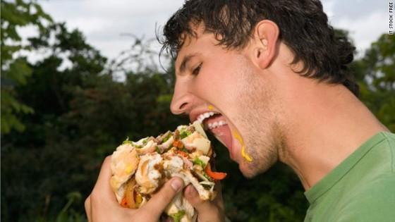 t1larg messy eater1