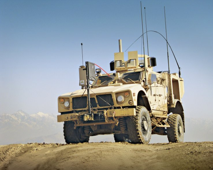 Oshkosh Defense and Al Tadrea Manufacturing Company Sign Joint Venture Agreement