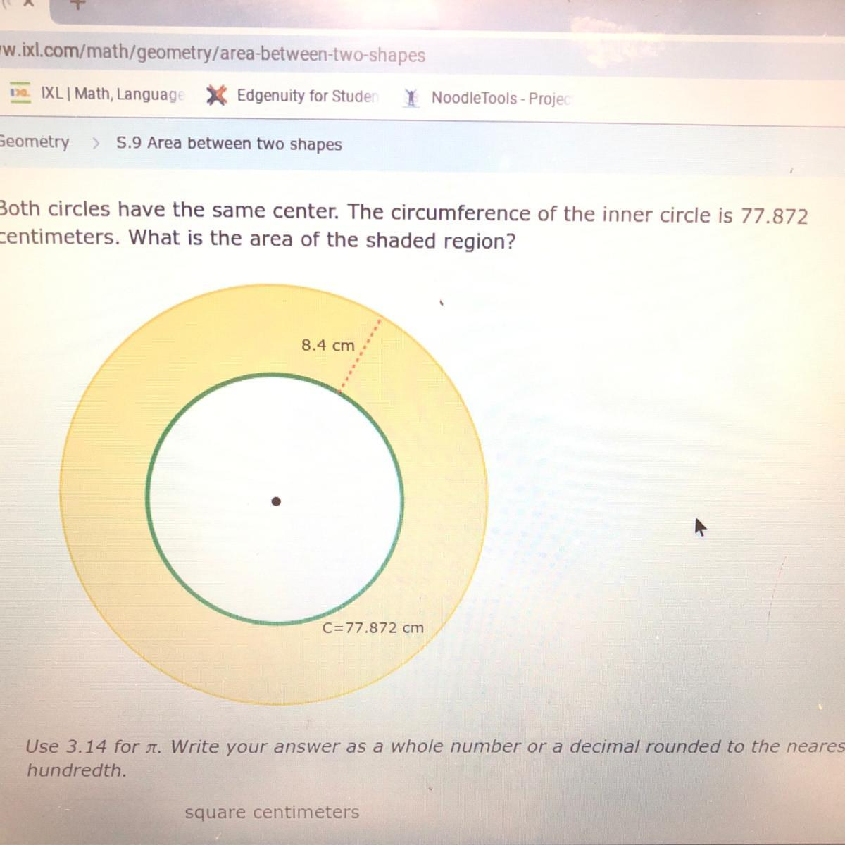 Both Circles Have The Same Center The Circumference Of