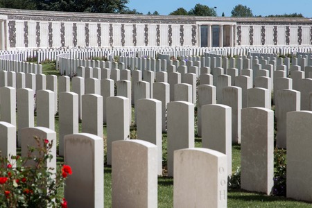 war: Tyne Cot World War One Cemetery, the largest British War cemetery in the world in Passendale, Belgium