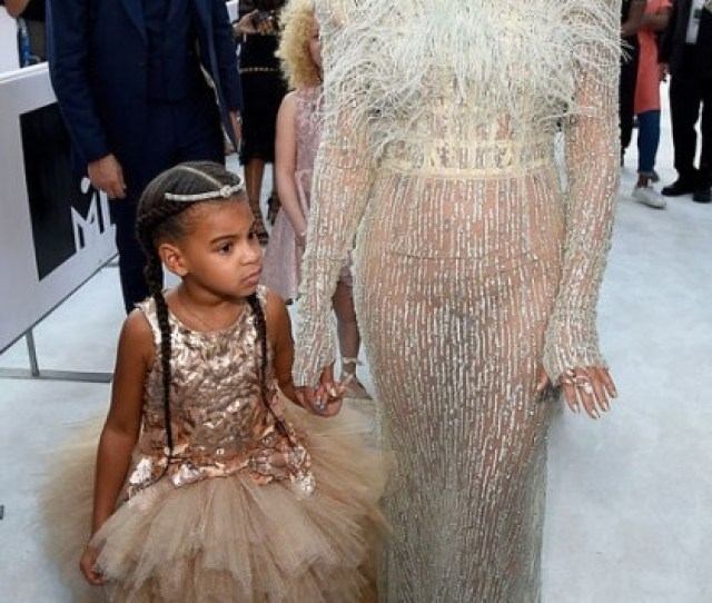 Beyonce Stunned With Daughter Blue Ivy In A Baby Blue Francesco Scognamiglio Dress Paired With