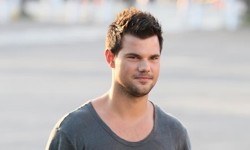 Taylor Taylor Lautner Swift Y