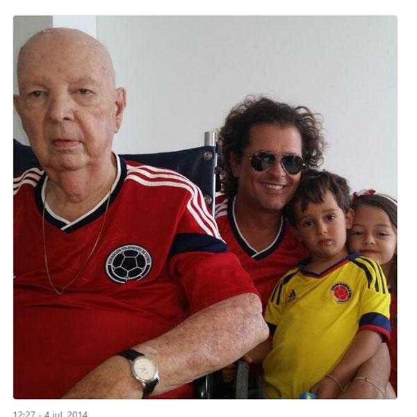 Carlos Vives abre su corazón sobre la complicada enfermedad que sufre su  padre