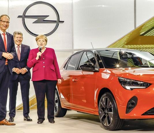 2019 Opel IAA-Frankfurt Angela Merkel Michael Lohscheller Corsa-e