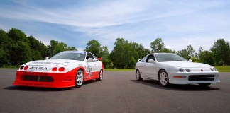 Legendary ACURA Integra Type R Racecar Screams Back to the Track at 9,