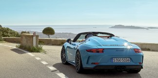 """Trip to the """"Blue Zone"""" with the 911 Speedster"""