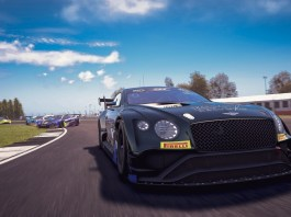 Bentley wins E-Sport GT Series race - 1