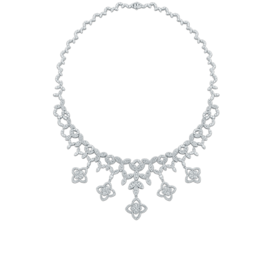 https://i1.wp.com/us.robertocoin.com/wp-content/uploads/2015/08/Roberto-Coin-Classic-Diamond-18K-White-Gold-Bib-Neclace-with-Diamonds-518204AWCHXX.png?resize=400%2C400&ssl=1
