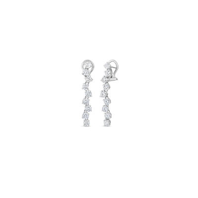 https://i1.wp.com/us.robertocoin.com/wp-content/uploads/2015/08/Roberto-Coin-Classic-Diamond-18K-White-Gold-Drop-Earrings-with-Diamonds-000893AWERX0.png?resize=400%2C400&ssl=1