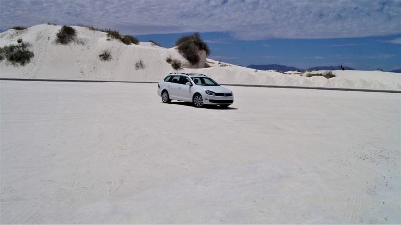 Auto weiße Wüste