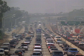 Cleaner fuels might reduce the smog but you're still left with this traffic jam. Image: ##http://www.boxoid.org/?p=86##Boxoid##