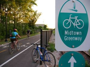 Bike commutes rates around Minneapolis' Midtown Greenway soared over the last decade. Photo: Wikipedia