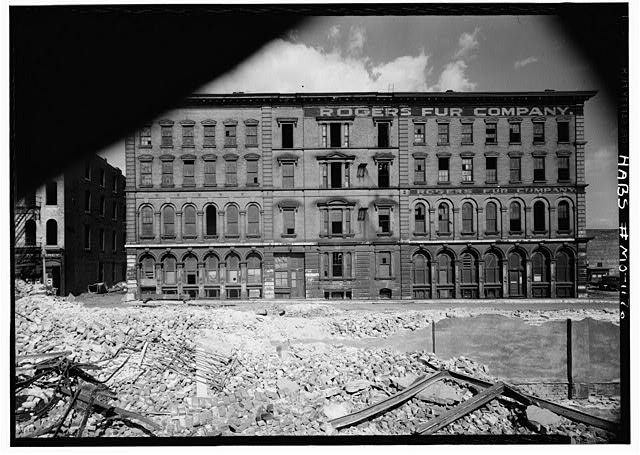 st-louis-riverfront-before-clearance_8905611846_o-1