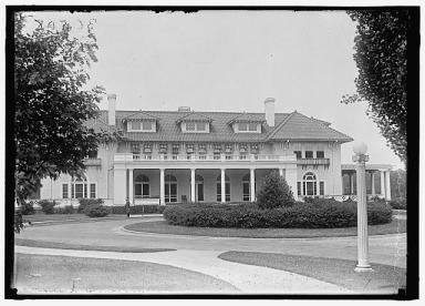 A vintage photo of the Columbia Country Club in Chevy Chase, Maryland. Its members have been lobbying Governor Larry Hogan to kill the Purple Line. Photo: Library of Congress
