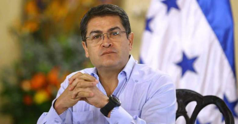 Photo of الادعاء الأمريكي يتهم رئيس هندوراس باستغلال عائدات تجارة المخدرات في تمويل حملته الانتخابية