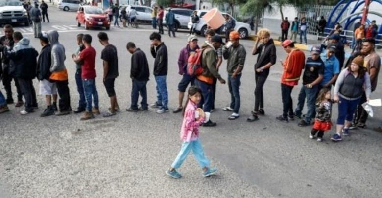 Photo of خطه رئاسية للسماح بإحتجاز الأسر المهاجرة في معسكرات اعتقال