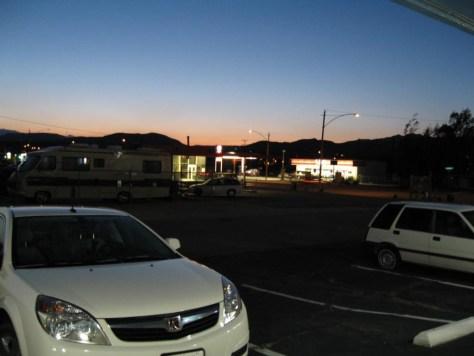 Abendstimmung am Motel bei Joshua Trees