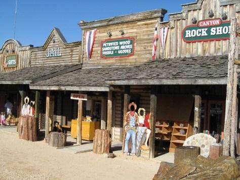 """Ruby's Inn """"Old Bryce Town"""" - Hier macht es Spaß zu stöbern"""