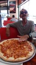 PIZZA TAILLE AMERICAINE (POUR 2 PERSONNES)