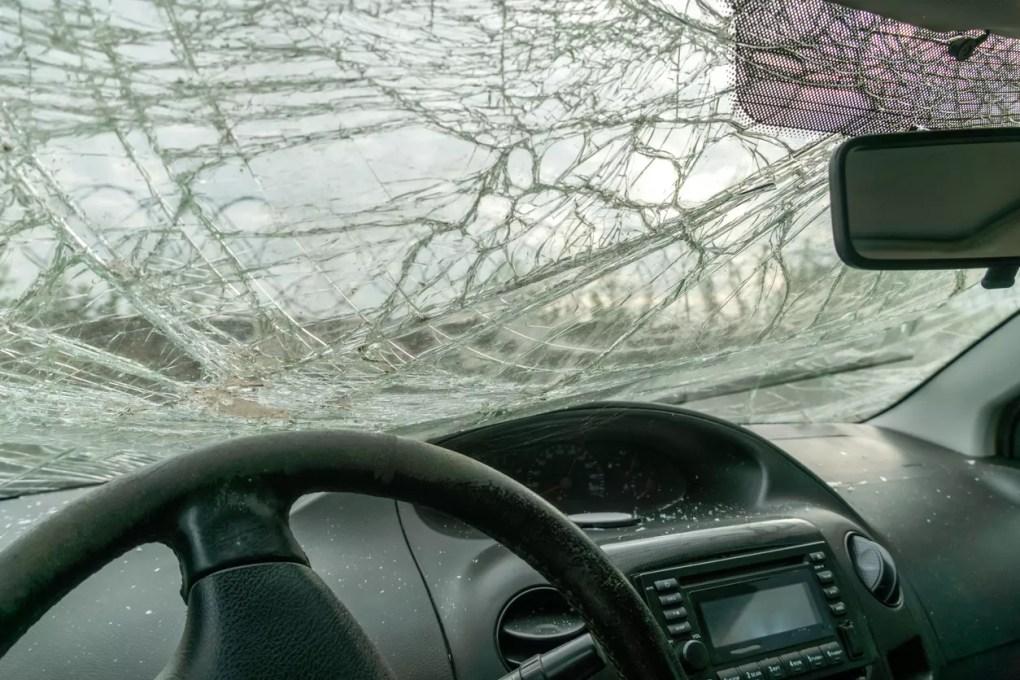 Driver Hurt after Car Crashes into Repair Shop on Western Avenue [Gardena, CA]