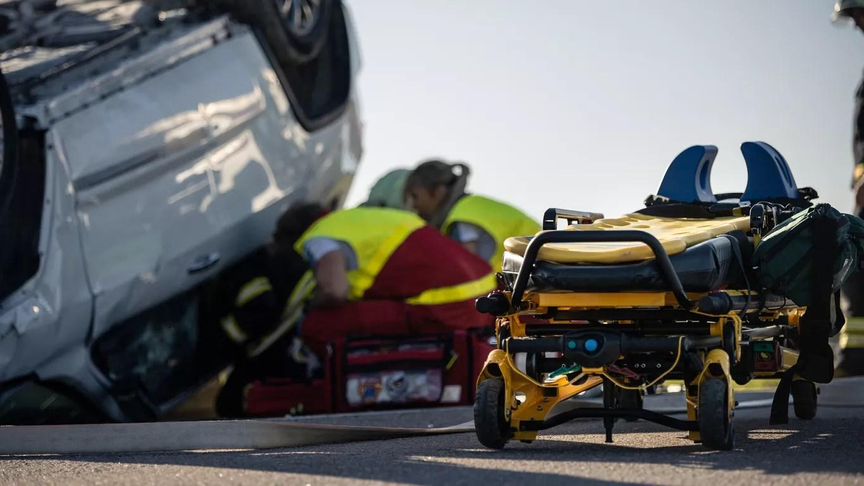 Woman Killed in DUI Rollover Accident on 101 Freeway near Victoria Avenue [Ventura, CA]