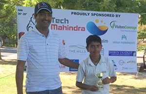 Rajat Sood poses with his award after an excellent all-round performance.