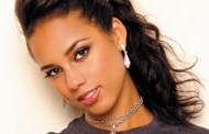 Alicia Keys to sponsor 5 fans to Africa in 2010