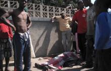FOOD RIOTS in Mozambique leave 7 dead, 250 injured, 2nd day calm....