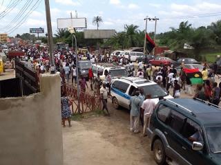Biafra-IPOB-Aba-demonstration-Nov9-2015-USAfrica-pix-by-Ugo_Nwangwu