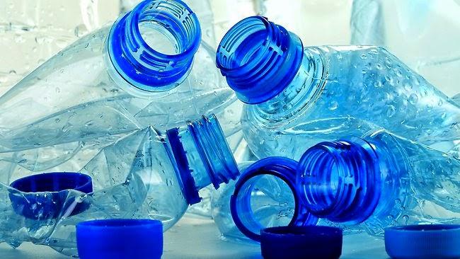 dampak positif dan negatif botol plastik