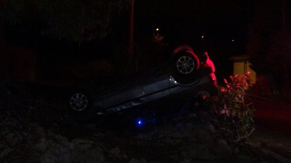 Otomobiliyle bahçeye uçan sürücü hayatını kaybetti