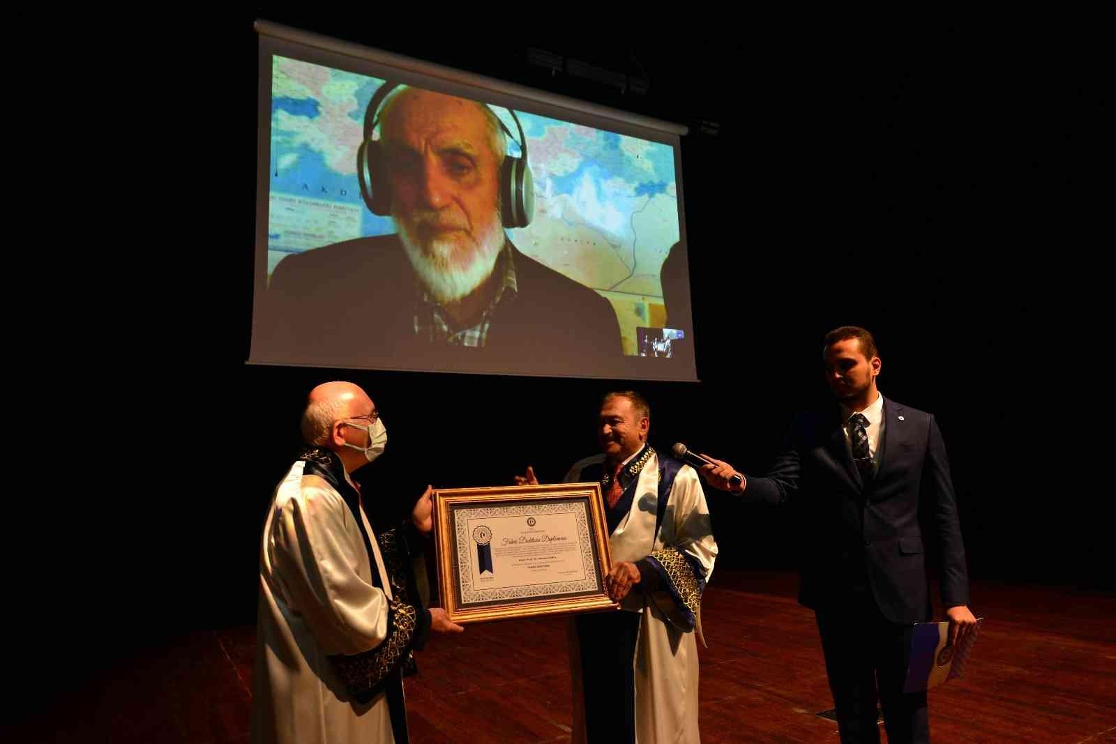 Uşak Üniversitesi, Prof. Dr. Nevzat Kor'a 'Fahri Doktora' unvanı verdi