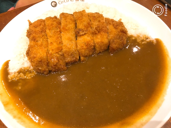 【フィリピンのCoCo壱番屋】マニラで食べれる日本食!ココイチのカレーを食べよう