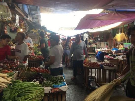 【フィリピンのローカルマーケット】どこにあるの?どんなところ?治安が心配?実際に行ってみた。