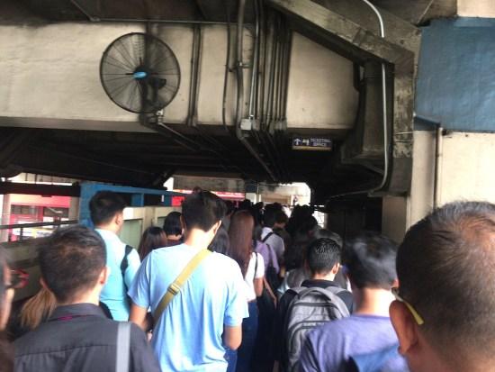 【フィリピン・マニラのMRTとLRT】路線図と、電車の乗り方。治安は大丈夫?