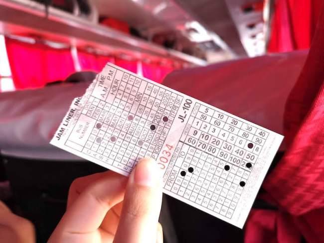 バタンガス行きのJAMのバスのチケット
