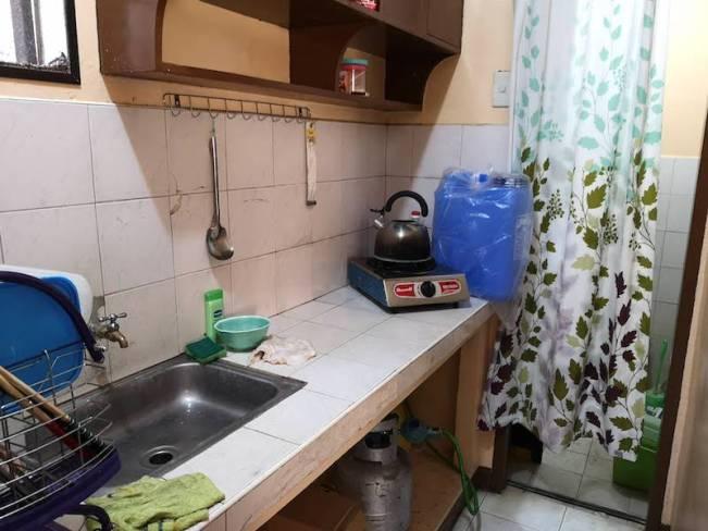 フィリピン田舎の家のキッチン